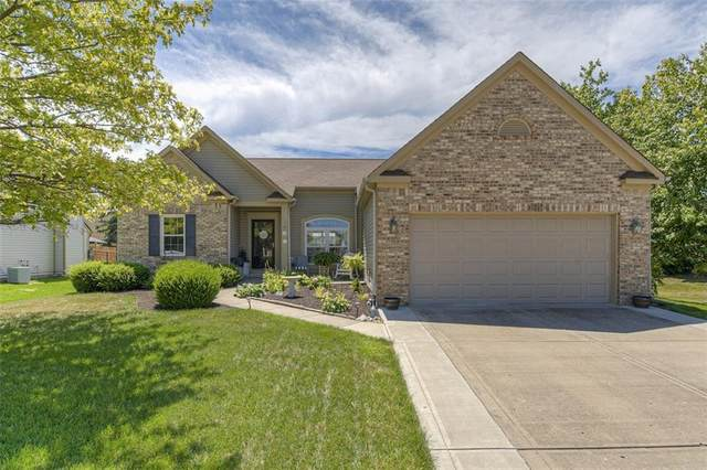 7811 Red Sunset, Avon, IN 46123 (MLS #21728791) :: HergGroup Indianapolis