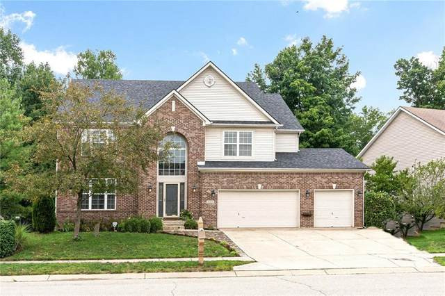 6422 Timber Walk Drive, Indianapolis, IN 46236 (MLS #21729400) :: Anthony Robinson & AMR Real Estate Group LLC