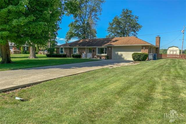 2701 Meadow Way, Anderson, IN 46012 (MLS #21729421) :: The Evelo Team