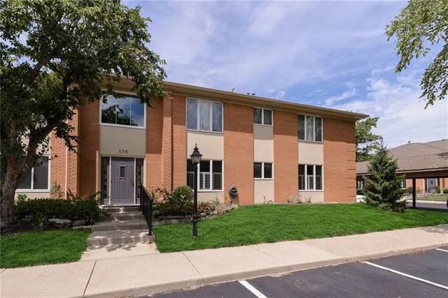 576 E Hunters Drive B, Carmel, IN 46032 (MLS #21729652) :: Heard Real Estate Team | eXp Realty, LLC