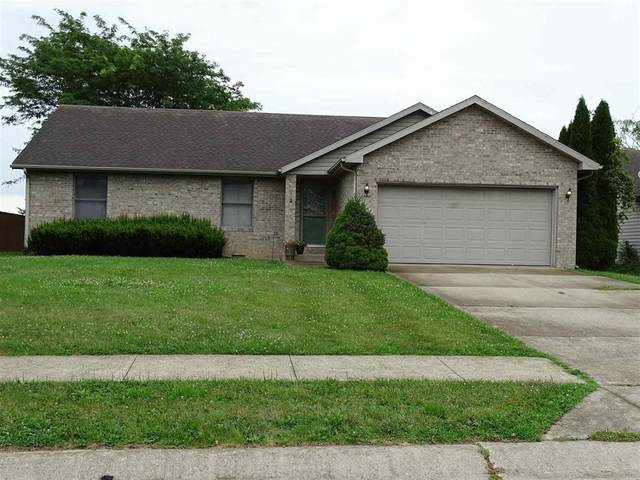 8424 W Ashford Lane, Muncie, IN 47304 (MLS #21729683) :: David Brenton's Team