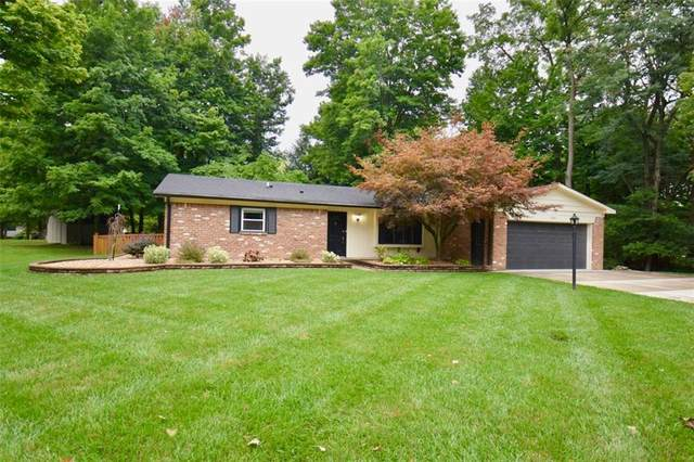 8340 Thorncrest Lane, Mooresville, IN 46158 (MLS #21729722) :: Mike Price Realty Team - RE/MAX Centerstone