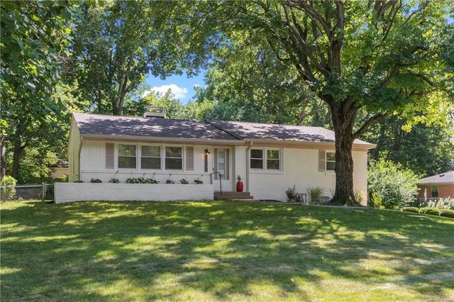 3735 E 55th Street, Indianapolis, IN 46220 (MLS #21730630) :: The Indy Property Source