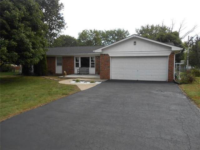 7901 Sharon Drive, Avon, IN 46123 (MLS #21730820) :: AR/haus Group Realty