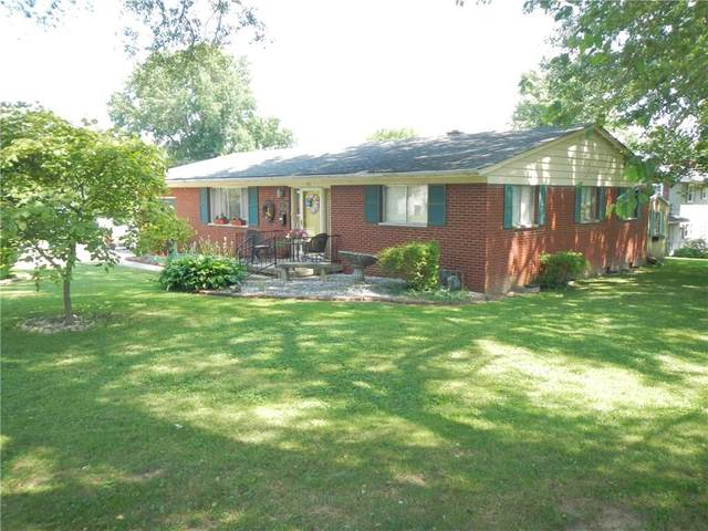 313 Redbud Lane, Greencastle, IN 46135 (MLS #21731050) :: Mike Price Realty Team - RE/MAX Centerstone