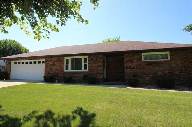 905 Phyllis Drive, New Castle, IN 47362 (MLS #21731244) :: Mike Price Realty Team - RE/MAX Centerstone