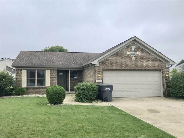 9524 W Canter Court, Yorktown, IN 47396 (MLS #21731252) :: David Brenton's Team