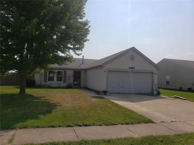 2005 Fullwood Drive, Brownsburg, IN 46112 (MLS #21731267) :: David Brenton's Team