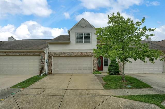 8530 Bison Woods Court, Indianapolis, IN 46227 (MLS #21731513) :: Mike Price Realty Team - RE/MAX Centerstone