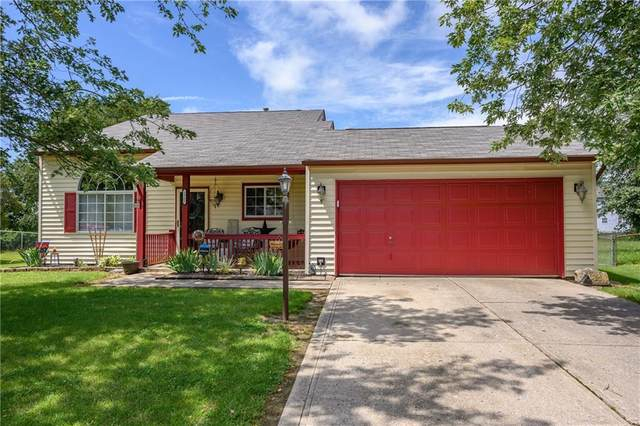 1562 Pebble Beach Drive, Franklin, IN 46131 (MLS #21731647) :: The Indy Property Source