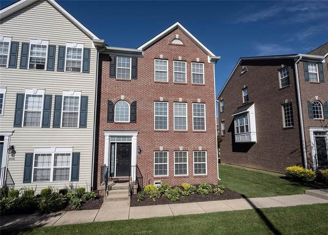 9417 Glencroft Way, Indianapolis, IN 46250 (MLS #21731685) :: Mike Price Realty Team - RE/MAX Centerstone