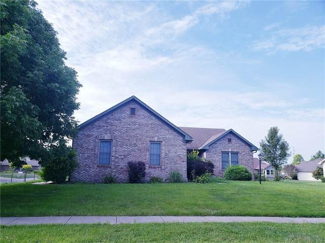 1403 Shannon Lakes Drive, Indianapolis, IN 46217 (MLS #21731774) :: Anthony Robinson & AMR Real Estate Group LLC
