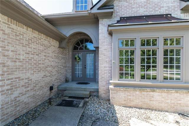 11270 Hawthorn Ridge, Fishers, IN 46037 (MLS #21731843) :: The Indy Property Source