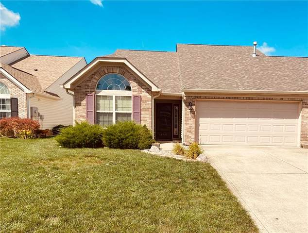 2942 Beckenham Way, Greenwood, IN 46143 (MLS #21732327) :: Mike Price Realty Team - RE/MAX Centerstone