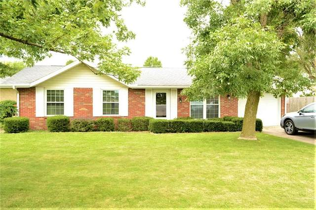 1902 Outer Drive, New Castle, IN 47362 (MLS #21732678) :: Anthony Robinson & AMR Real Estate Group LLC