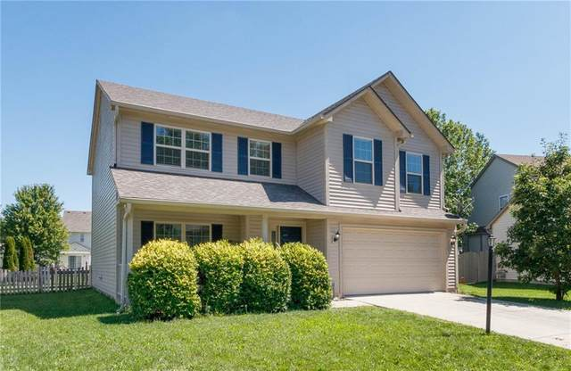 8213 Briarhill Lane, Indianapolis, IN 46236 (MLS #21732895) :: Mike Price Realty Team - RE/MAX Centerstone