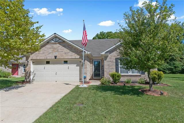 6535 Branches Drive, Brownsburg, IN 46112 (MLS #21732930) :: David Brenton's Team