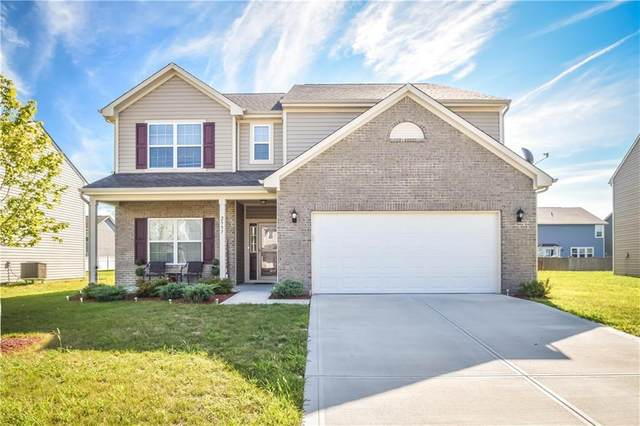 2557 Apple Tree Lane, Indianapolis, IN 46229 (MLS #21734245) :: AR/haus Group Realty