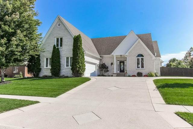 7957 Shady Woods Drive, Indianapolis, IN 46259 (MLS #21734413) :: Mike Price Realty Team - RE/MAX Centerstone