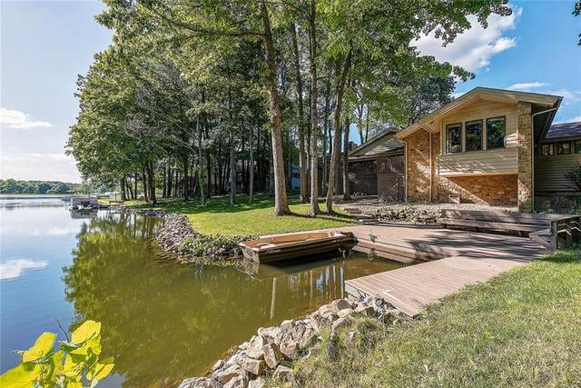 670 Shoreline Drive, Columbus, IN 47201 (MLS #21734512) :: Mike Price Realty Team - RE/MAX Centerstone