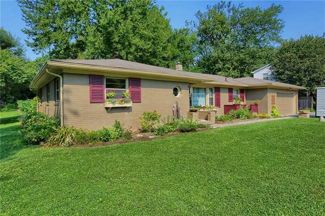 8770 Rosewood Lane, Indianapolis, IN 46240 (MLS #21734559) :: Anthony Robinson & AMR Real Estate Group LLC