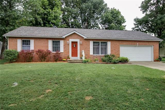 3900 W Woodhaven Drive, Bloomington, IN 47403 (MLS #21734574) :: Mike Price Realty Team - RE/MAX Centerstone