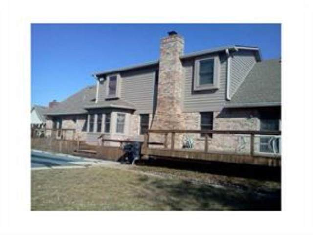 8820 Rahke Road, Indianapolis, IN 46217 (MLS #21734864) :: The ORR Home Selling Team