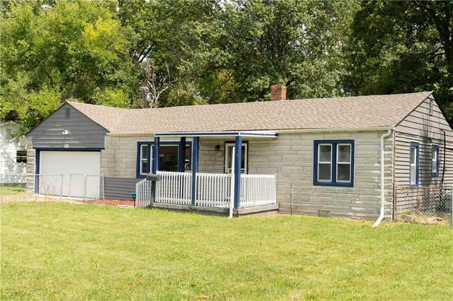 3913 N Butler Avenue, Indianapolis, IN 46226 (MLS #21734880) :: Mike Price Realty Team - RE/MAX Centerstone