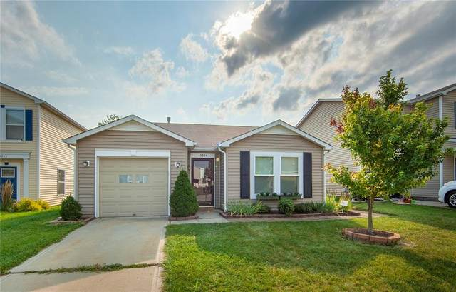 15374 Border Drive, Noblesville, IN 46060 (MLS #21735001) :: Mike Price Realty Team - RE/MAX Centerstone