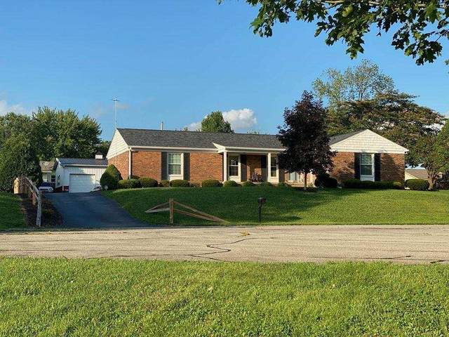 830 Driftwood Avenue, Columbus, IN 47203 (MLS #21735033) :: Mike Price Realty Team - RE/MAX Centerstone