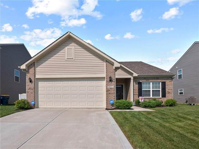 4922 Chip Shot Lane, Indianapolis, IN 46235 (MLS #21735232) :: David Brenton's Team