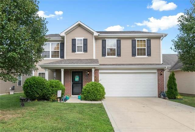 2247 Cedarmill Drive, Franklin, IN 46131 (MLS #21735310) :: Richwine Elite Group
