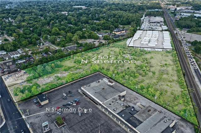 2507 N Sherman Drive, Indianapolis, IN 46218 (MLS #21735319) :: Pennington Realty Team