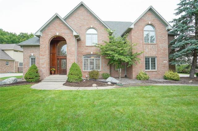 12580 Pembrooke Circle, Carmel, IN 46032 (MLS #21735627) :: Mike Price Realty Team - RE/MAX Centerstone
