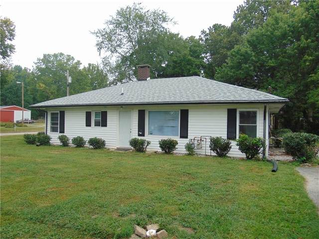 1636 Franklin Street, Martinsville, IN 46151 (MLS #21736611) :: Mike Price Realty Team - RE/MAX Centerstone