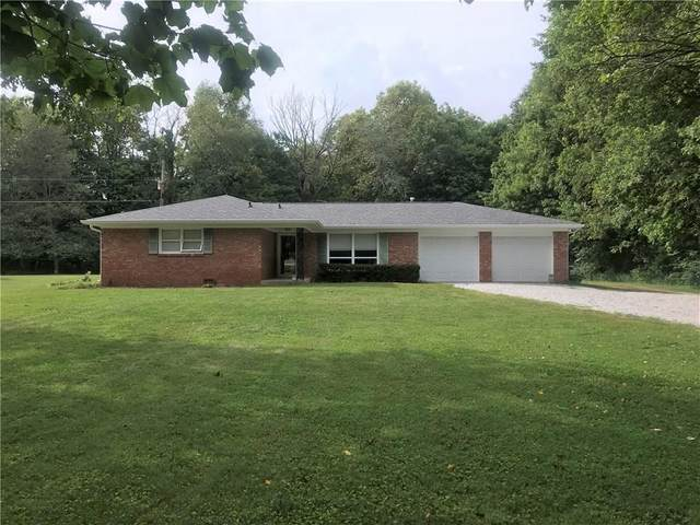 11367 N Carthage Pike, Knightstown, IN 46148 (MLS #21736832) :: David Brenton's Team