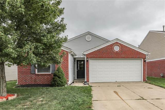 1775 Elijah Blue Drive, Greenwood, IN 46143 (MLS #21736870) :: Anthony Robinson & AMR Real Estate Group LLC