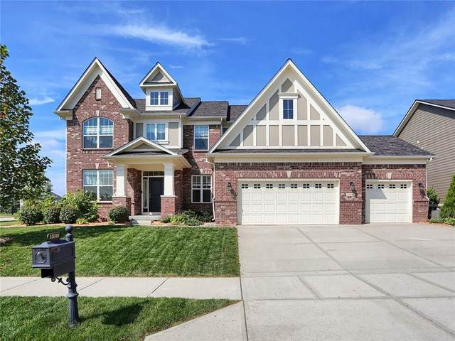 15010 Glenmoor Circle, Carmel, IN 46033 (MLS #21737045) :: Mike Price Realty Team - RE/MAX Centerstone