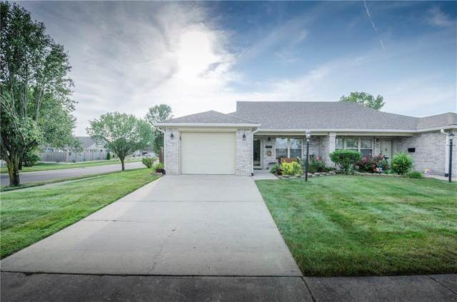 1302 Swan Drive, Franklin, IN 46131 (MLS #21737049) :: Mike Price Realty Team - RE/MAX Centerstone