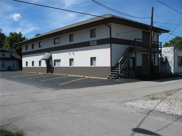108 E College Avenue, Brownsburg, IN 46112 (MLS #21737169) :: Richwine Elite Group
