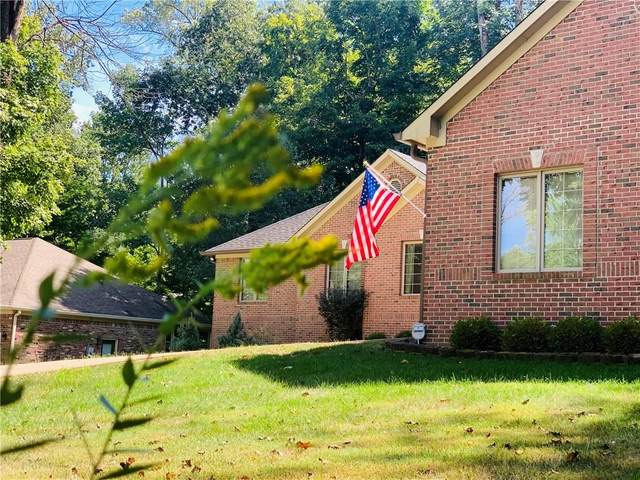 2975 Country Club Court, Martinsville, IN 46151 (MLS #21737261) :: AR/haus Group Realty