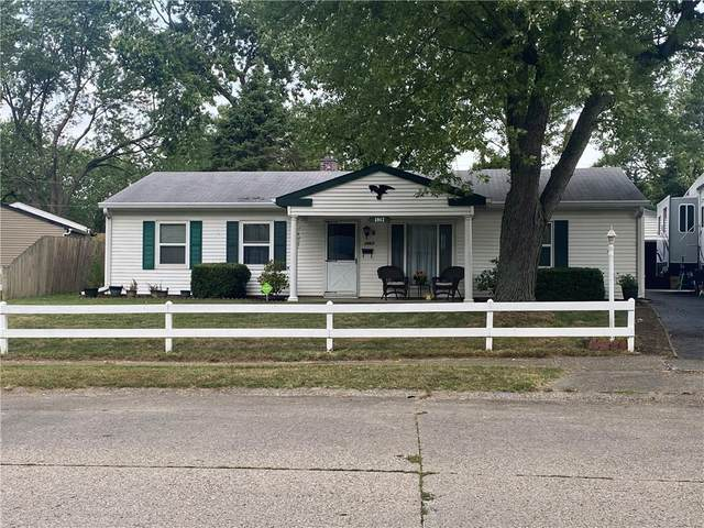 3962 N Faculty Drive, Indianapolis, IN 46254 (MLS #21737386) :: Mike Price Realty Team - RE/MAX Centerstone