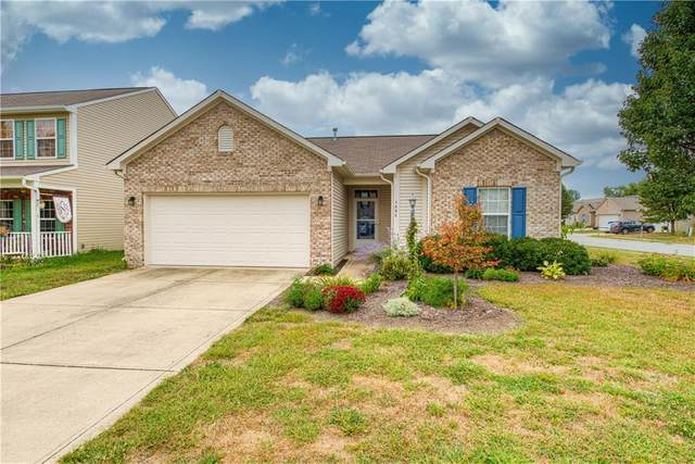 7406 Graymont Drive, Indianapolis, IN 46221 (MLS #21737409) :: Anthony Robinson & AMR Real Estate Group LLC