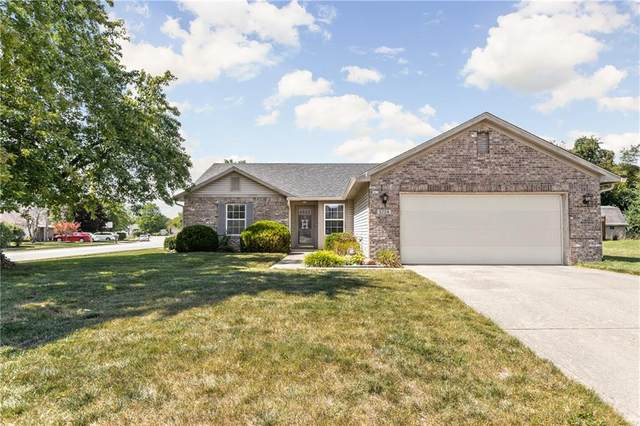 5724 Blackstone, Indianapolis, IN 46237 (MLS #21737430) :: Anthony Robinson & AMR Real Estate Group LLC