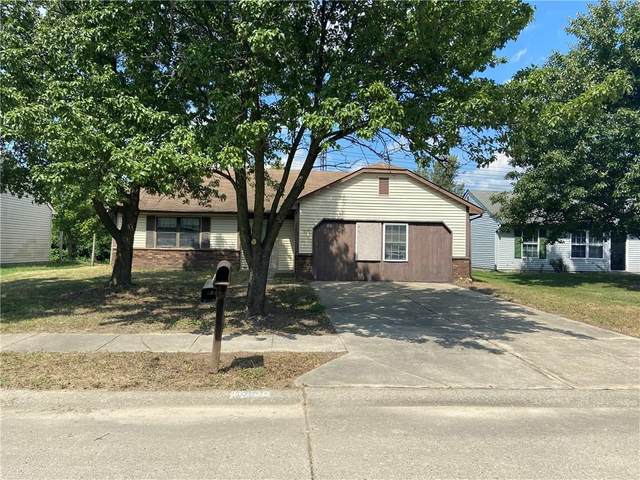 10530 E Moqui Court, Indianapolis, IN 46235 (MLS #21737708) :: Mike Price Realty Team - RE/MAX Centerstone