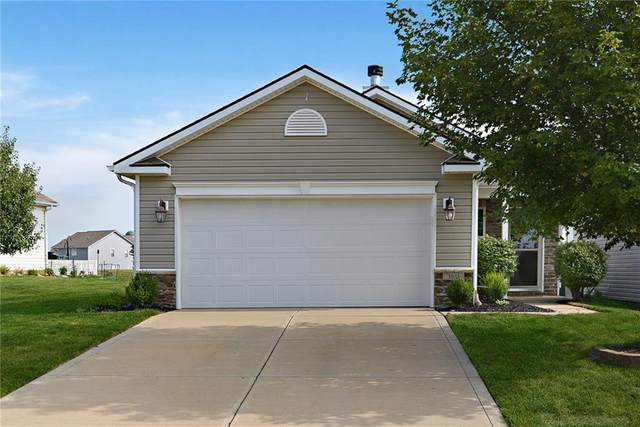 3845 Dusty Sands Road, Whitestown, IN 46075 (MLS #21737820) :: Mike Price Realty Team - RE/MAX Centerstone