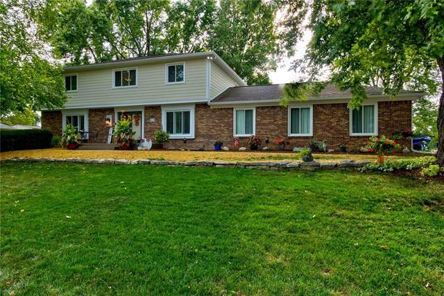 11912 Brookshire Parkway, Carmel, IN 46033 (MLS #21737860) :: Anthony Robinson & AMR Real Estate Group LLC