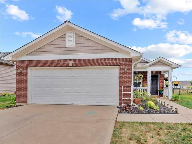 9752 Centennial Court, Avon, IN 46123 (MLS #21737862) :: David Brenton's Team