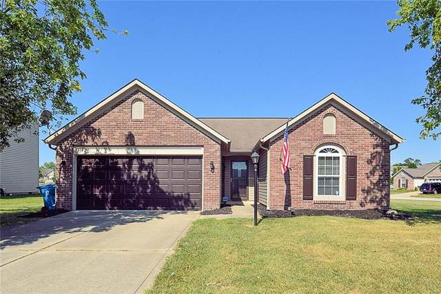 6204 Copeland Lakes Lane, Indianapolis, IN 46221 (MLS #21737936) :: Anthony Robinson & AMR Real Estate Group LLC