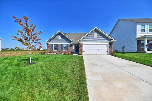 5486 W Woodhaven Drive, Mccordsville, IN 46055 (MLS #21737959) :: The Evelo Team